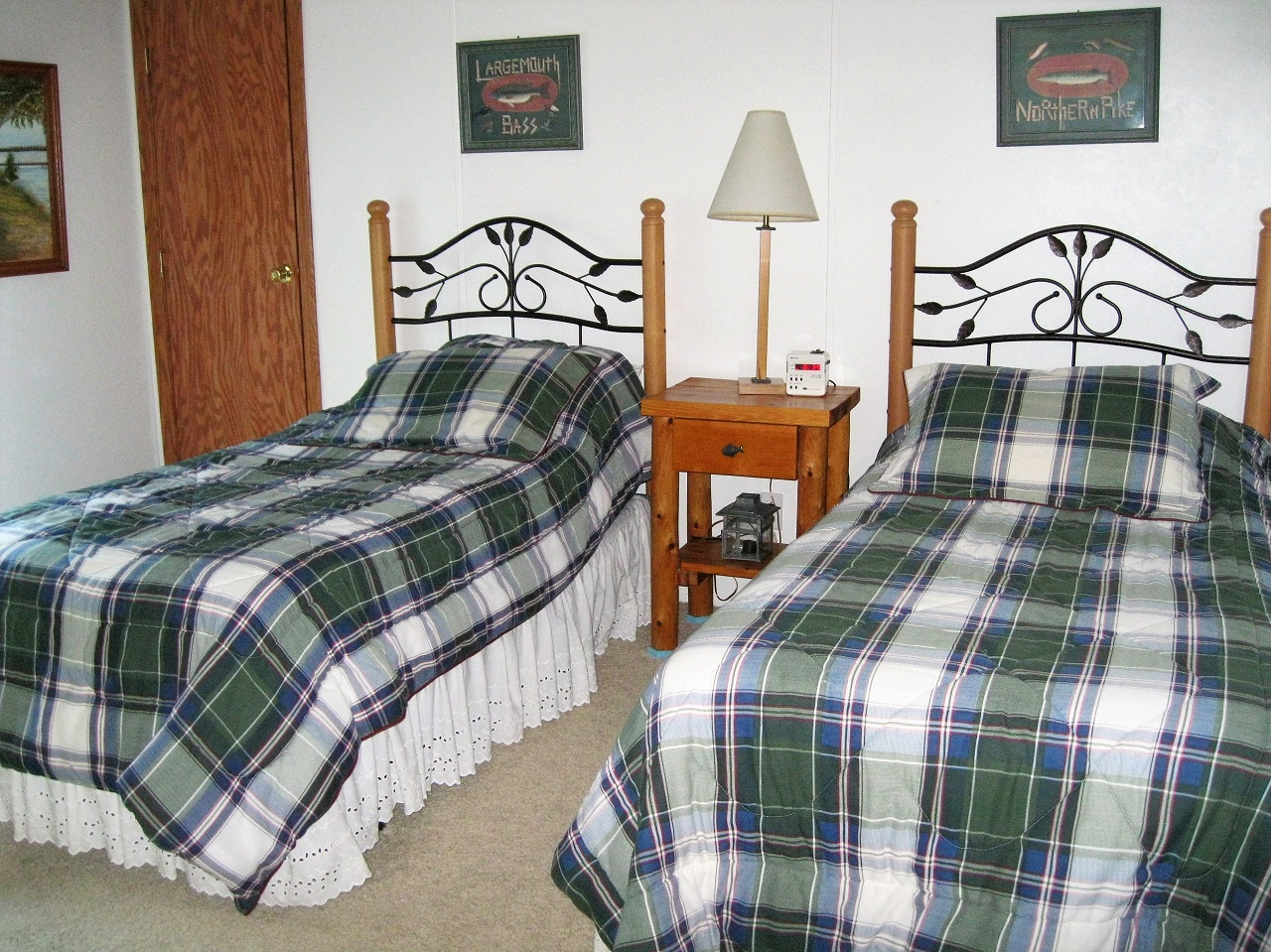 11 Seminole twin bedroom