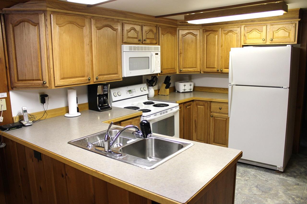 6 Hiawatha kitchen