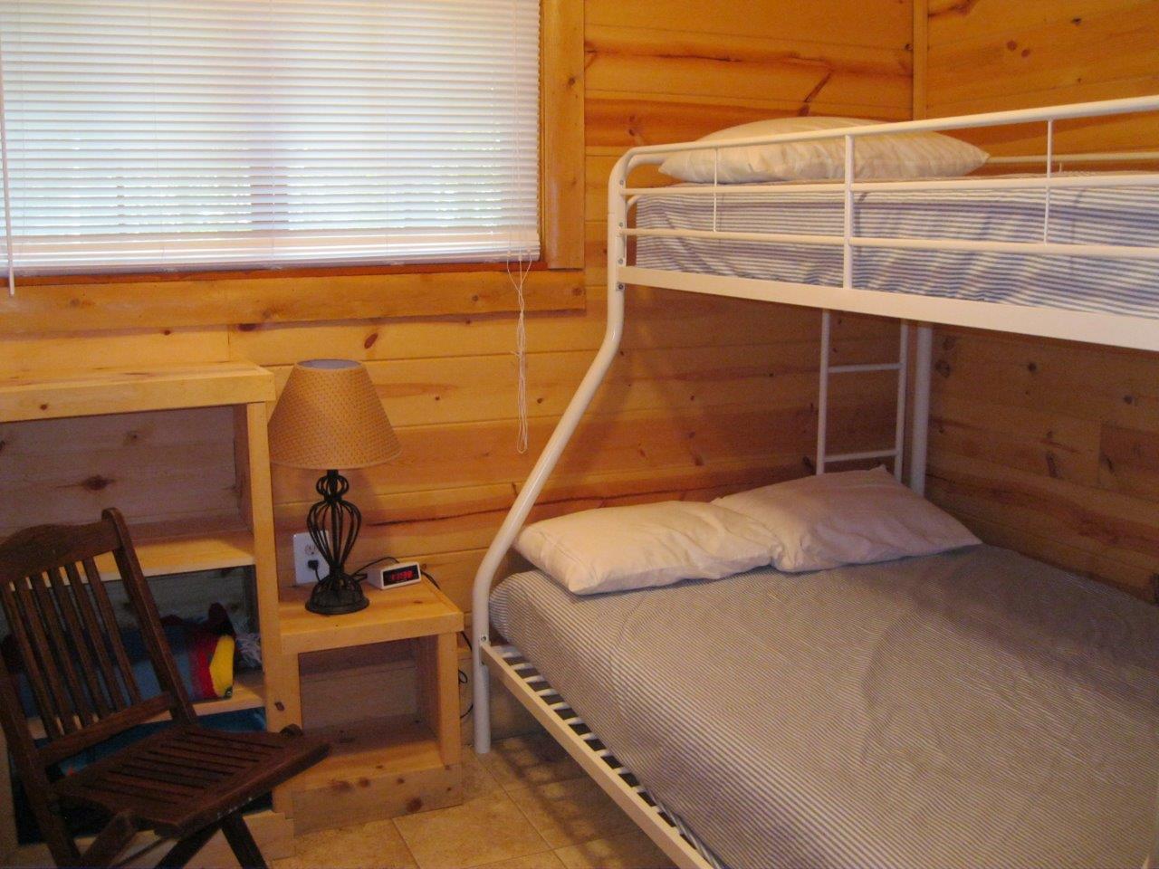 14 Bunkhouse bedroom