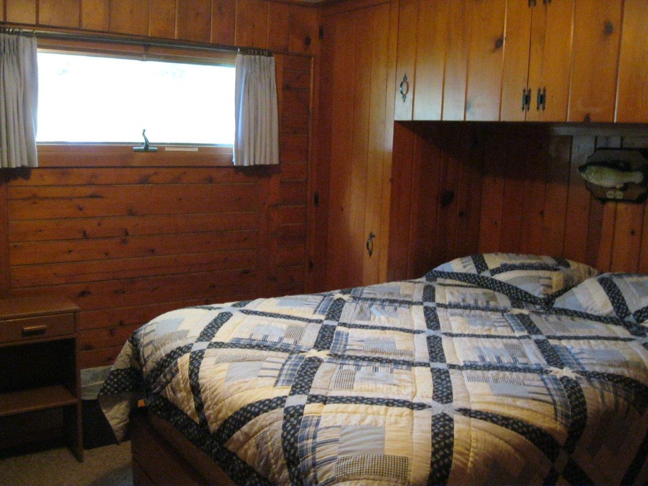 14 Sioux bedroom