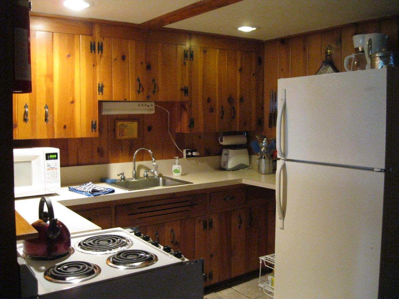 6 Cherokee kitchen