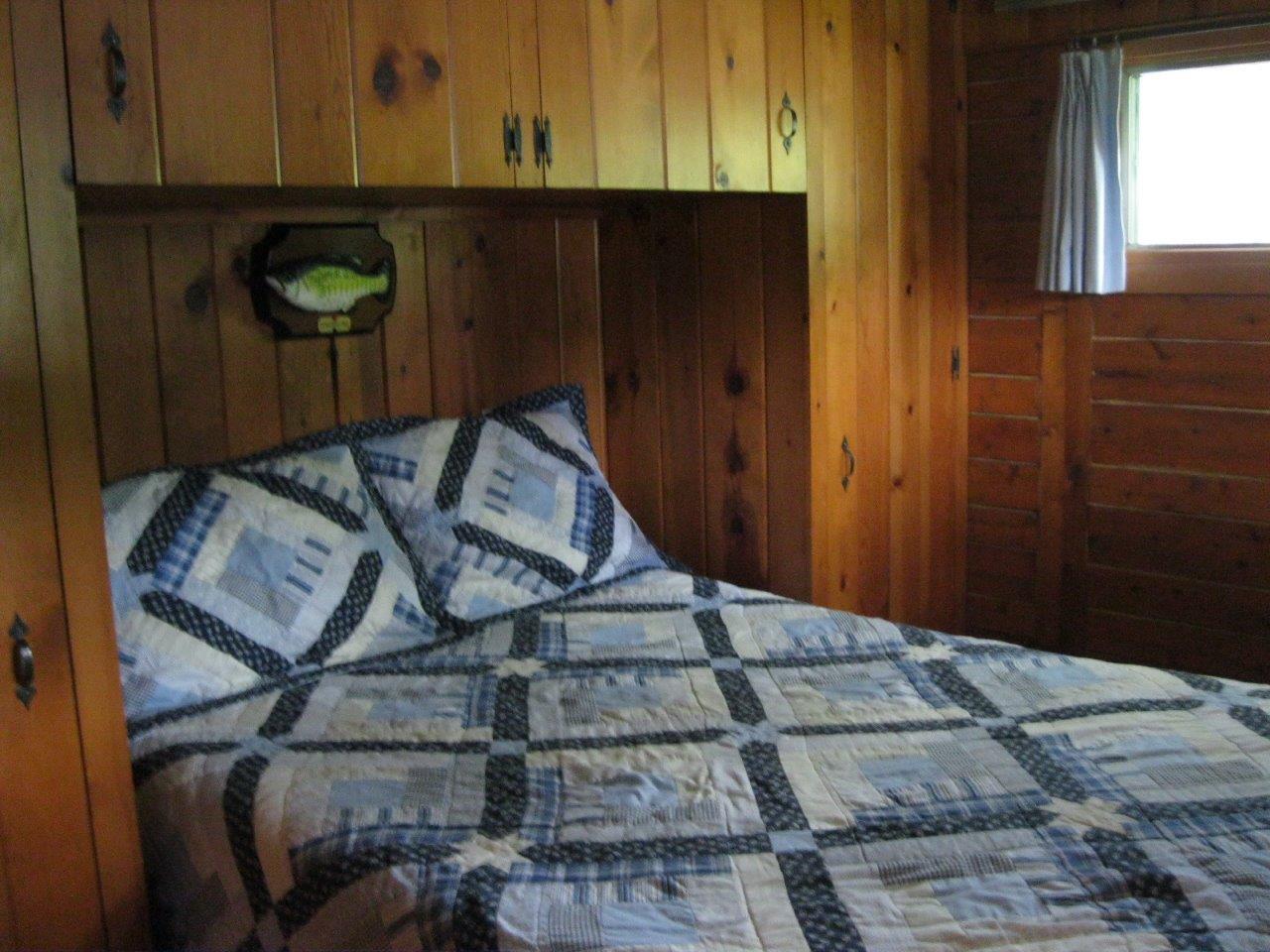 7 Cherokee bedroom