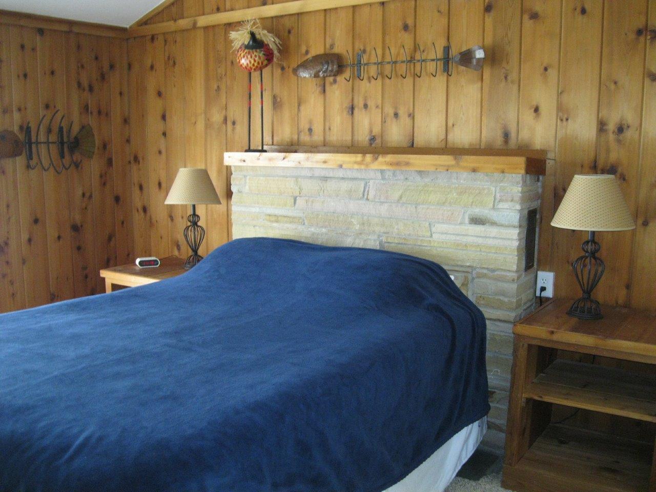 9 Master bedroom
