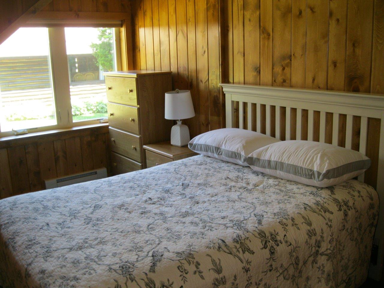 9 Wahoo bedroom